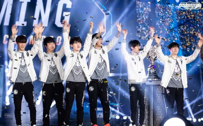 iG拿下LOL全球总决赛冠军,王思聪的俱乐部创造了历史