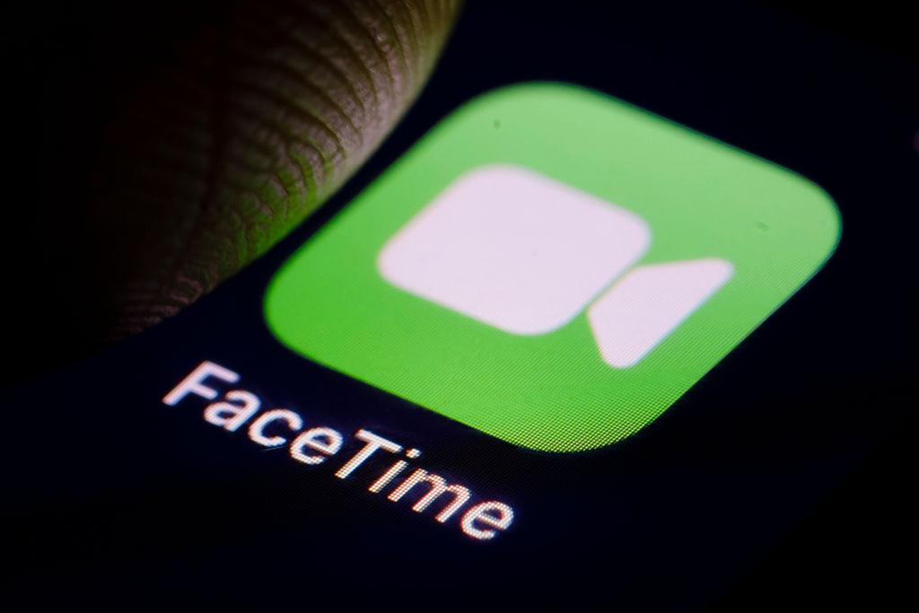 14岁少年玩《堡垒之夜》发现FaceTime漏洞 苹果遭起诉