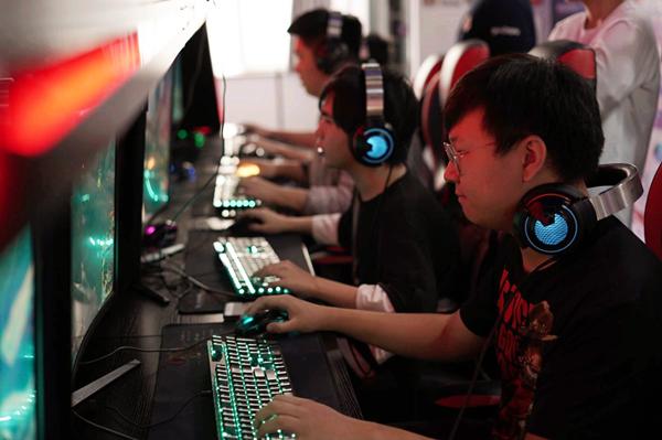2019首届中国移动电子竞技大赛辽宁大学站结束 冠军晋级省区赛