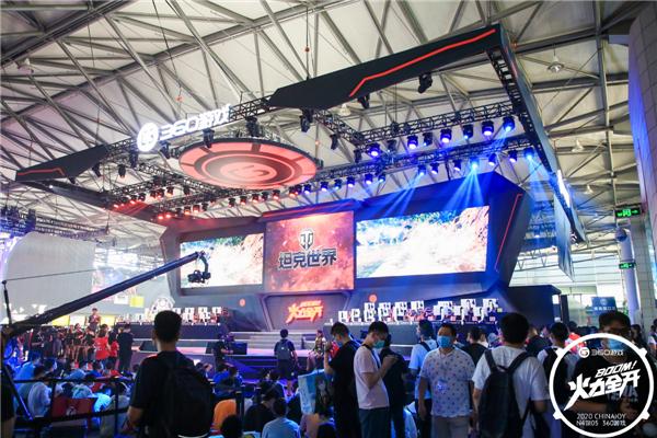 火辣Showgirl齐聚引玩家追捧《坦克世界》展台高颜值瞬间回顾