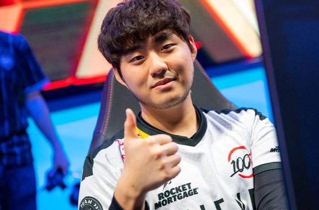 新赛季未获一胜 前冠军Bang加盟100T无法carry?
